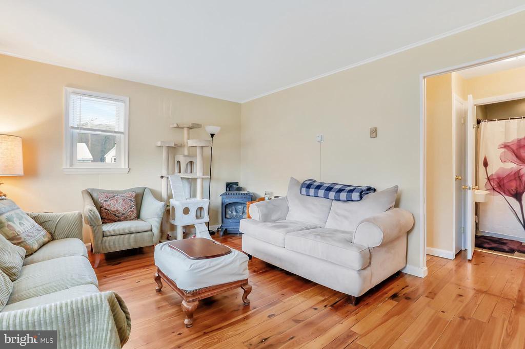 Living Room - 8 S ALTAMONT AVE, THURMONT