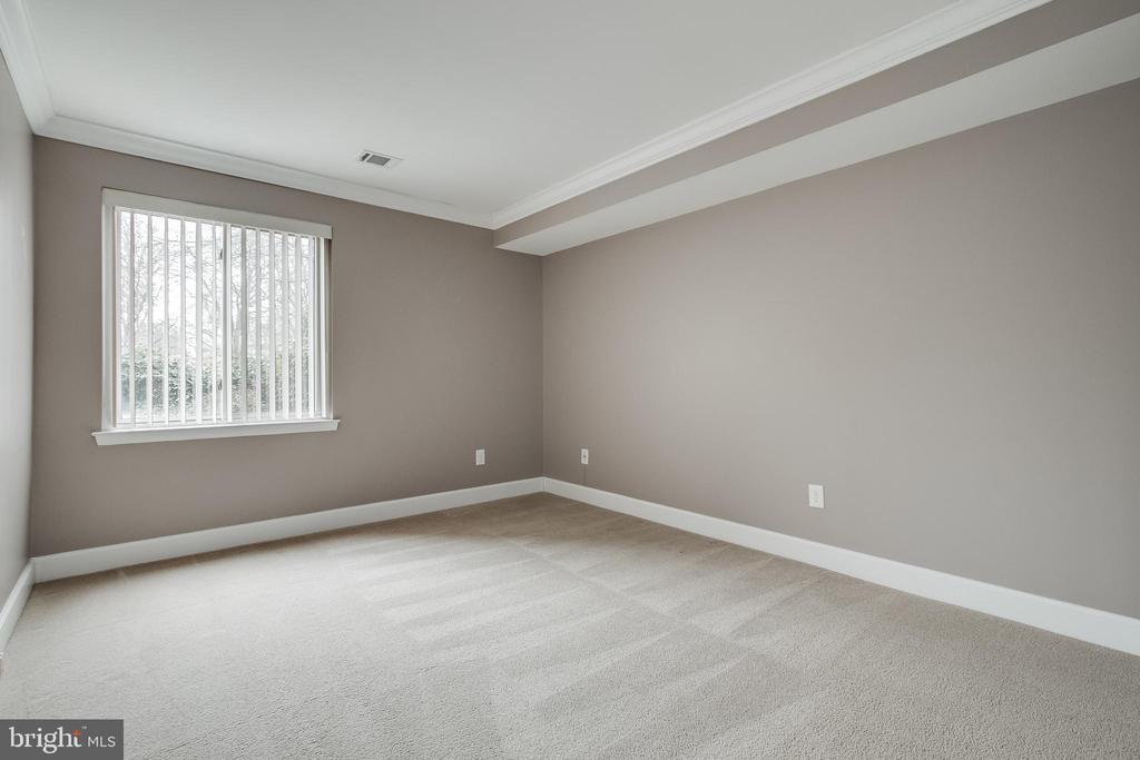Bedroom #1 - 3031 BORGE ST #101, OAKTON