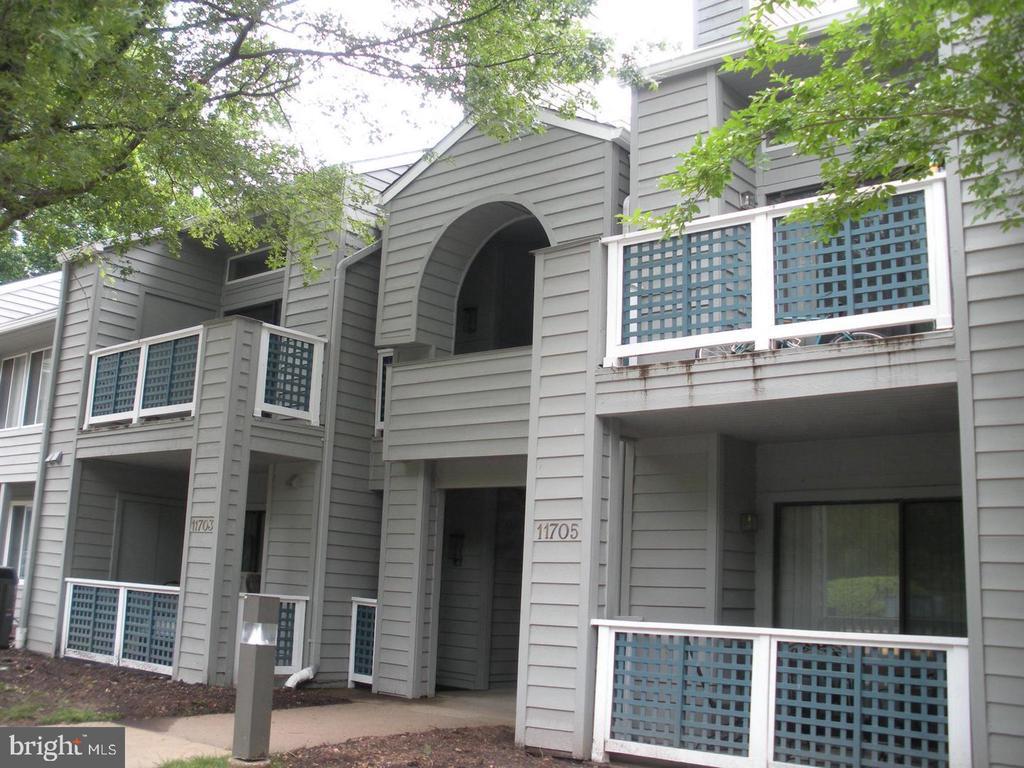 SUMMERRIDGE Garden Condo Community - 11705-C SUMMERCHASE CIR #1705-C, RESTON