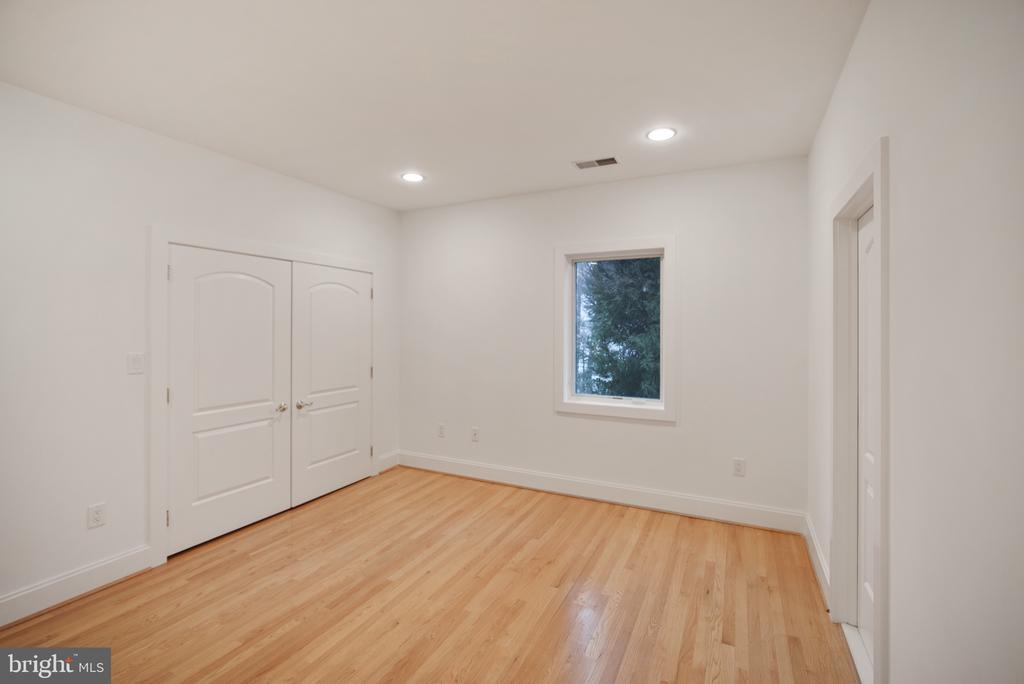 Bedroom 3 - 319 STONINGTON RD, SILVER SPRING