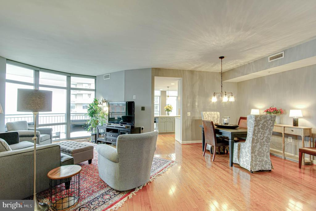 Living Room - Dining Room - 11990 MARKET ST #1301, RESTON