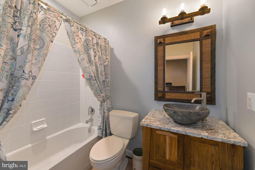 Full Bath in Lower Level - 8192 COTTAGE ROSE CT, FAIRFAX STATION