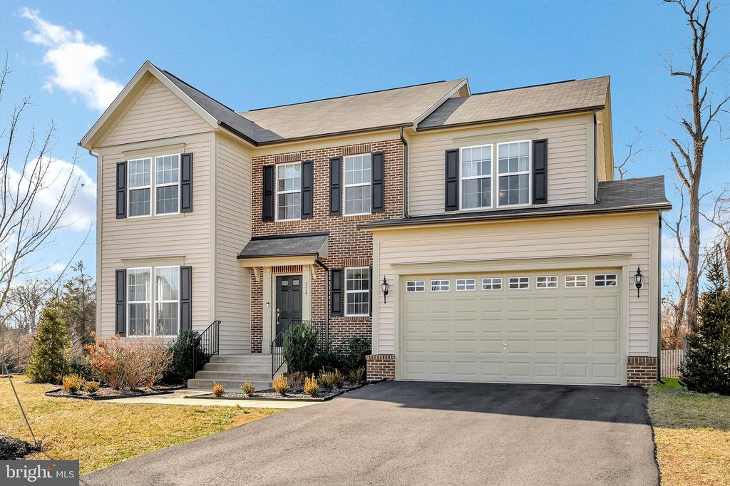 - 119 COURTHOUSE MANOR DR, STAFFORD