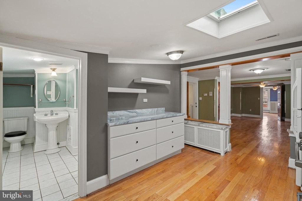 Kitchen #2, completely renovated - 515 7TH ST SE, WASHINGTON