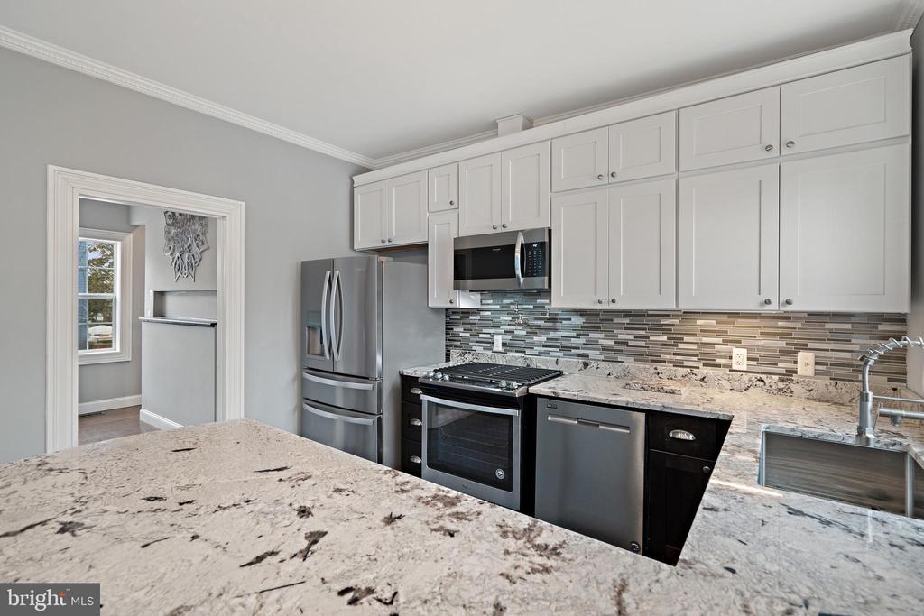 Beautifully built kitchen space! - 515 7TH ST SE, WASHINGTON