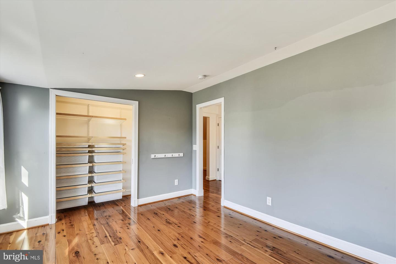 319 DEL RAY AVENUE, ALEXANDRIA, Virginia 22301, 5 Bedrooms Bedrooms, ,3 BathroomsBathrooms,Residential,For Sale,DEL RAY,VAAX255254