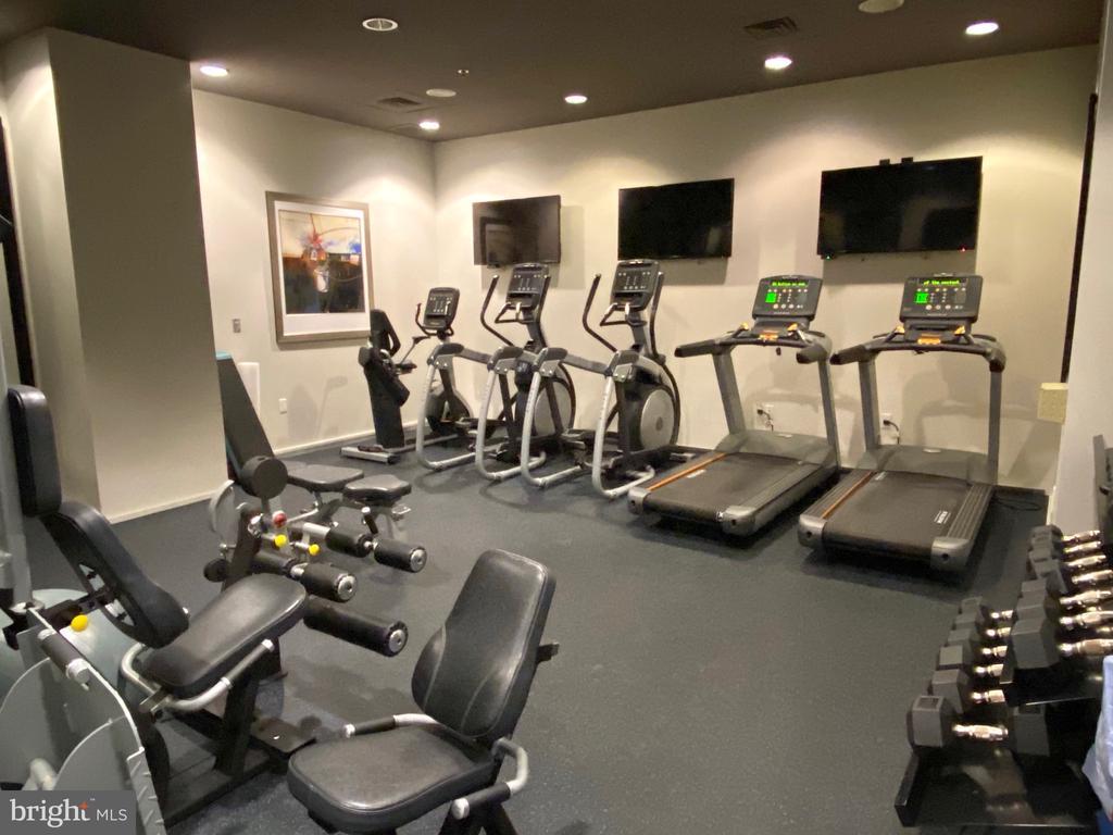 Fitness Center - 3409 WILSON BLVD #611, ARLINGTON