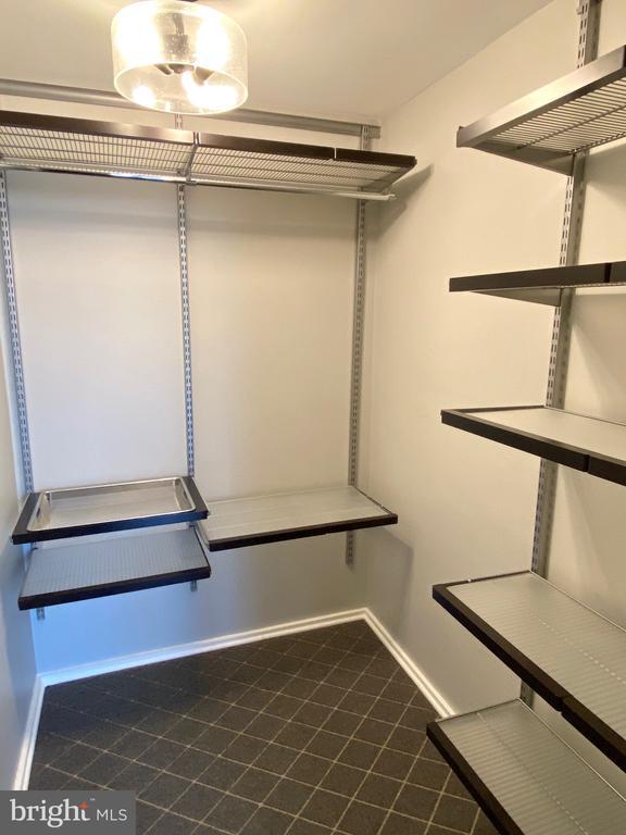 Walk-In Closet - 3409 WILSON BLVD #611, ARLINGTON