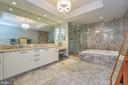 - 1881 N NASH ST #1601, ARLINGTON
