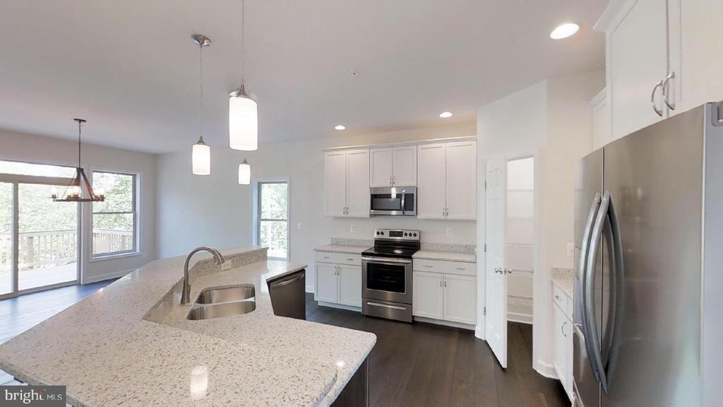 Kitchen - 10807 HIGHWOOD PL, NEW MARKET