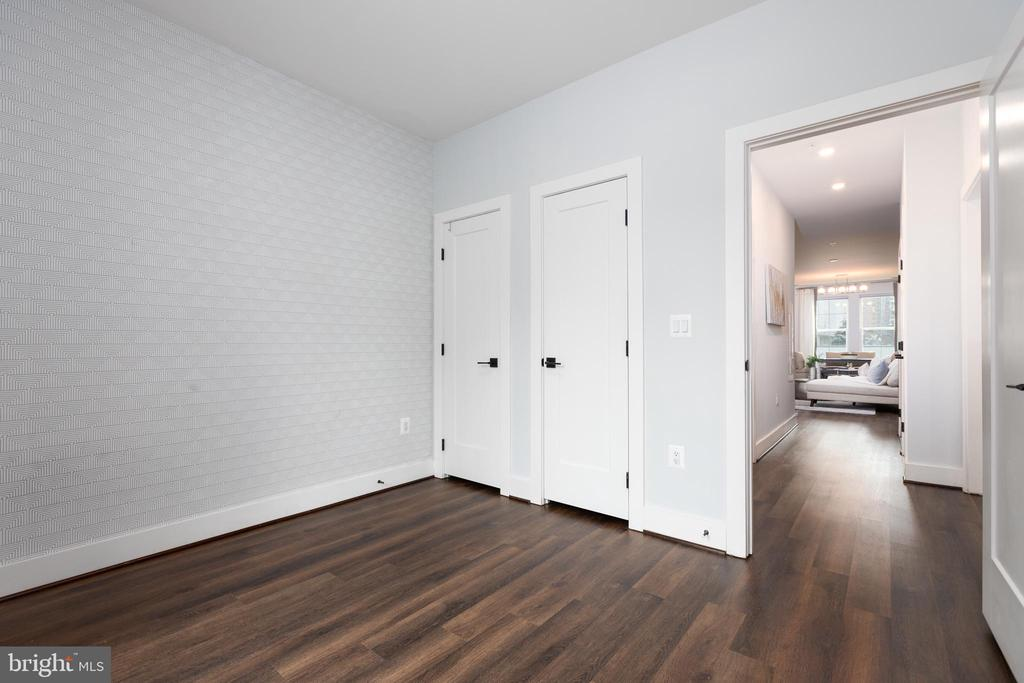 Second bedroom - 1411 KEY BLVD #211, ARLINGTON