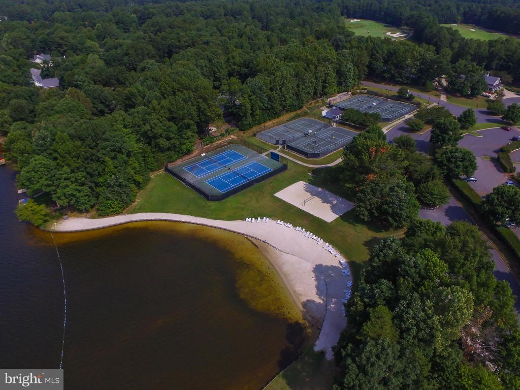 Tennis Courts (We also have pickle ball courts) - 11208 BLUFFS VW, SPOTSYLVANIA