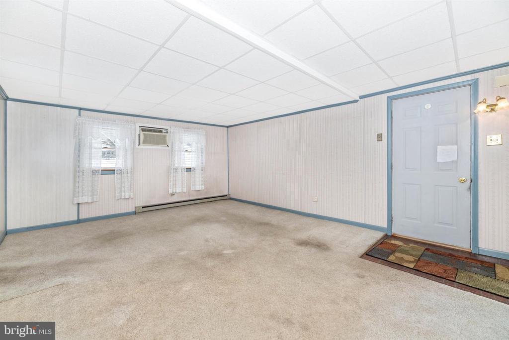 Family Room - 12216 AUBURN RD, THURMONT