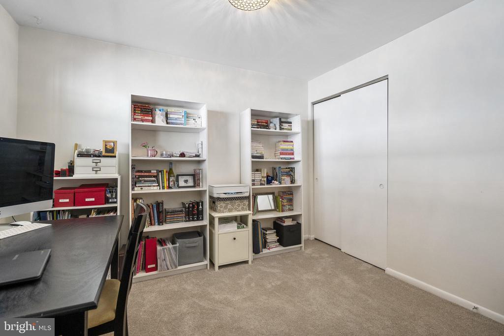 New carpet - 4616 28TH RD S #A, ARLINGTON
