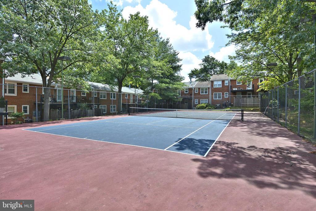 Community tennis court - 4616 28TH RD S #A, ARLINGTON