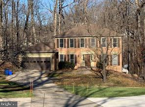 an acre of land yet still close to the Beltway - 304 PRELUDE DR, SILVER SPRING