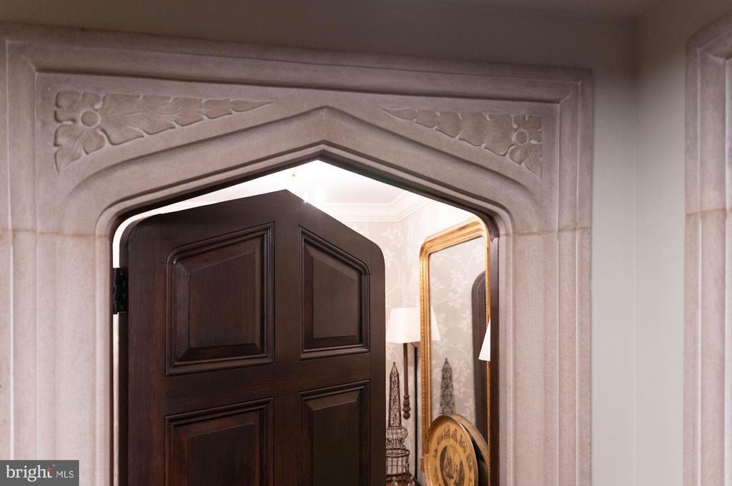 Superb Quality and Details - 2860 WOODLAND DR NW, WASHINGTON