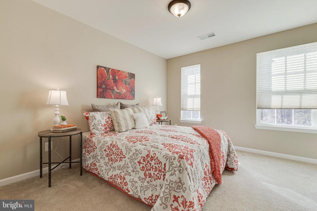 3rd Bedroom - 8353 LONGFIELDS LN, ALEXANDRIA