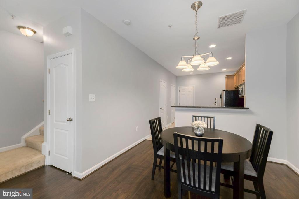 - 4491-A BEACON GROVE CIR, FAIRFAX