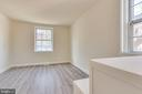 Corner unit means more light and from two sides! - 2943 S DINWIDDIE ST #A1, ARLINGTON