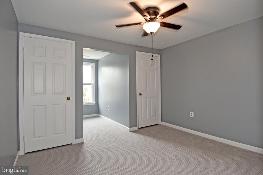 Fourth Bedroom - 5203 GLEN MEADOW RD, CENTREVILLE
