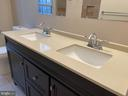Double sink in master bath - 304 PRELUDE DR, SILVER SPRING