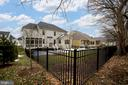 - 17260 CREEKSIDE GREEN PL, ROUND HILL