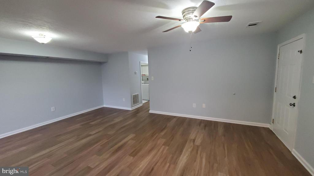 All new paint throughout the home - 8634 MADERA CT, MANASSAS PARK