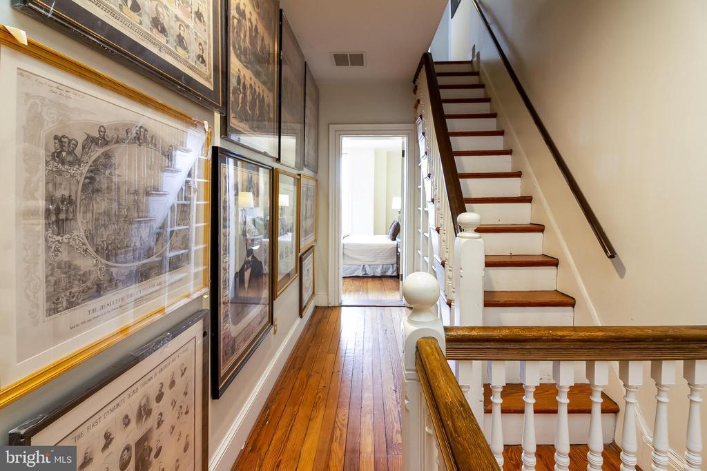 Stairs to garret - 506 E CAPITOL ST NE, WASHINGTON