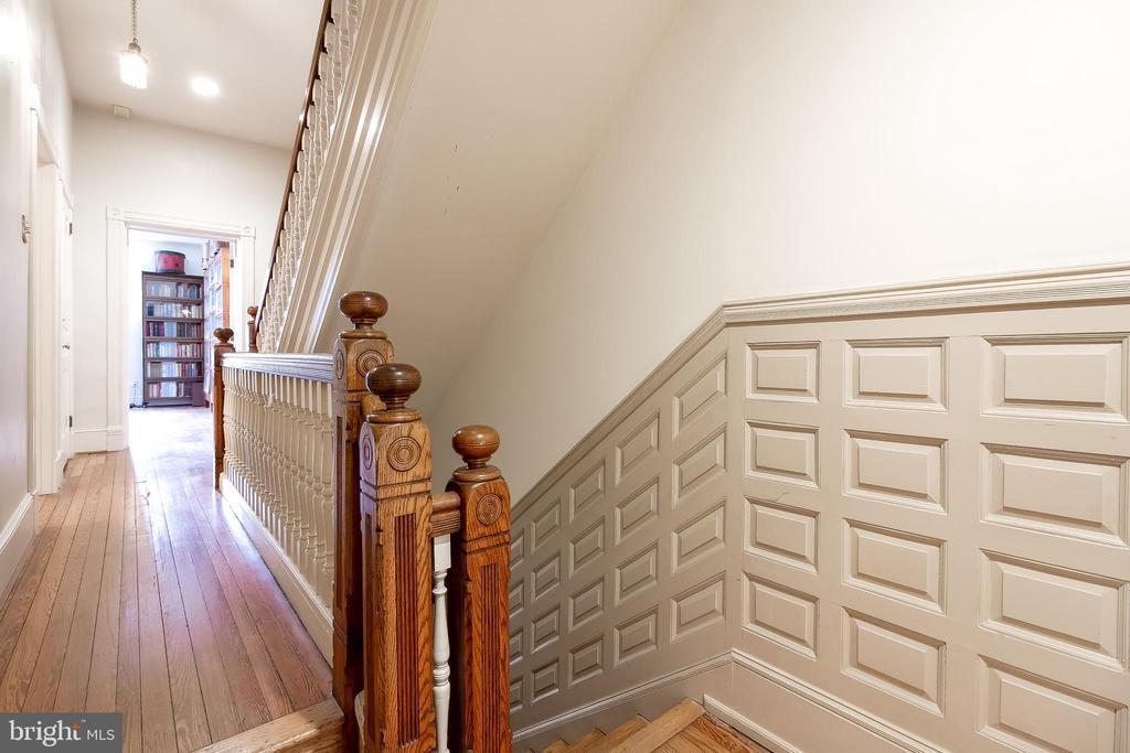 2nd floor hall - 506 E CAPITOL ST NE, WASHINGTON