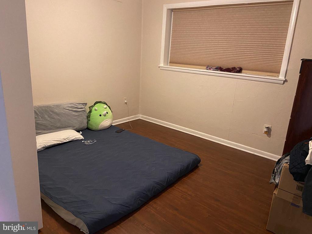 Upper 2 bedroom 2 - 8341 ROLLING RD, SPRINGFIELD