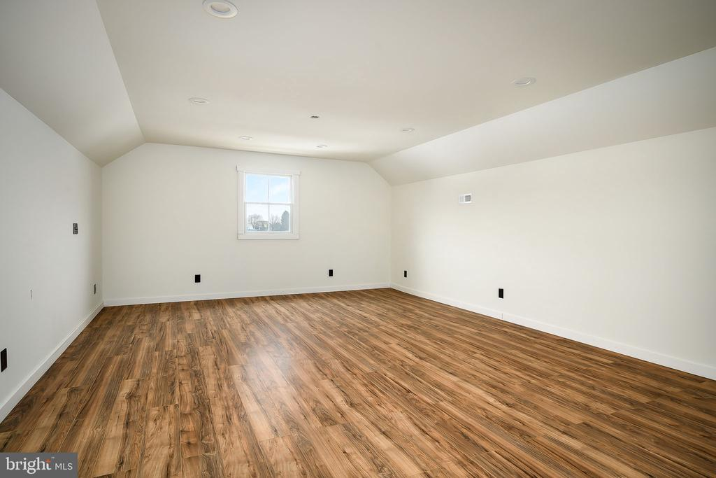3rd Level Rec room 1 of 2 - 16195 PURCELLVILLE RD, PURCELLVILLE