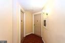 Hallway entrance into condo - 2100 LEE HWY #G09, ARLINGTON