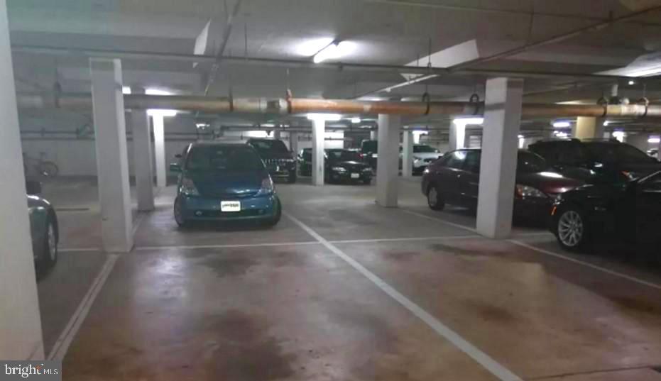 Under ground parking - 2100 LEE HWY #G09, ARLINGTON
