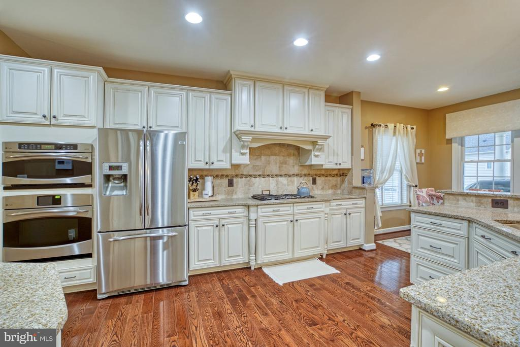 Stainless Steel appliances - 24955 EARLSFORD DRIVE, CHANTILLY