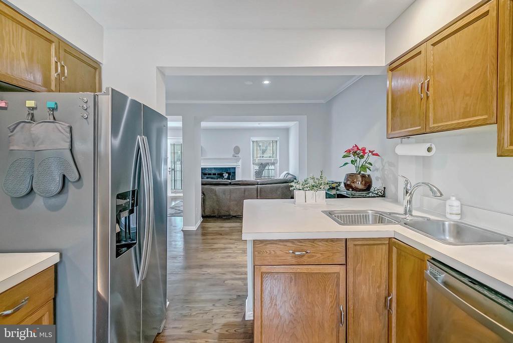 Kitchen - 2913-B S WOODSTOCK ST #2, ARLINGTON