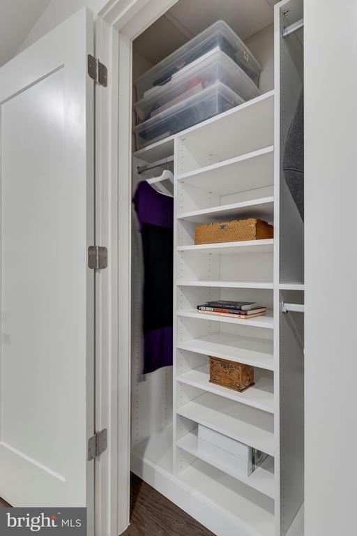 Upgraded Closet Shelving - 171 WINSOME CIR, BETHESDA