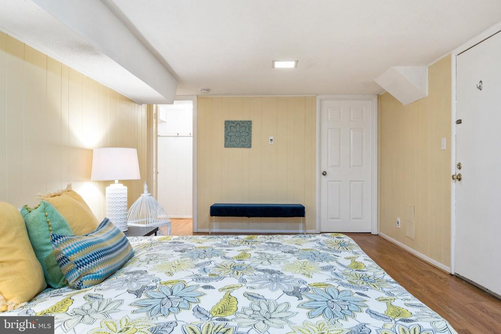Bedroom area with exterior door - 2971 S COLUMBUS ST #A1, ARLINGTON