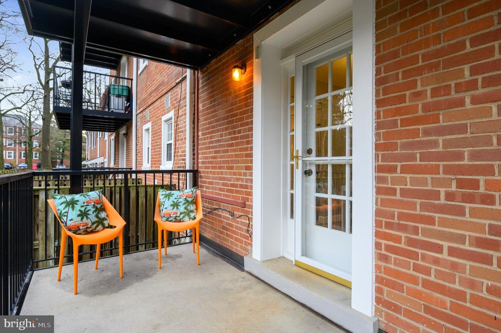 Balcony leading from Dining Room - 2971 S COLUMBUS ST #A1, ARLINGTON
