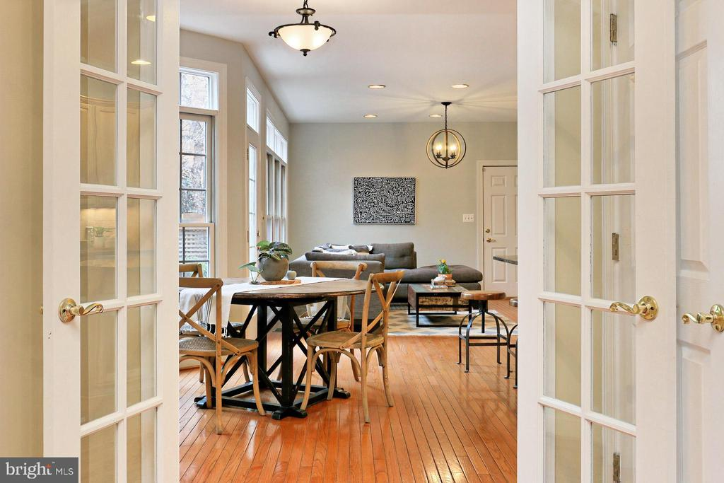 Entrance To Chef's Kitchen and Family Room - 425 PARK AVE, FALLS CHURCH