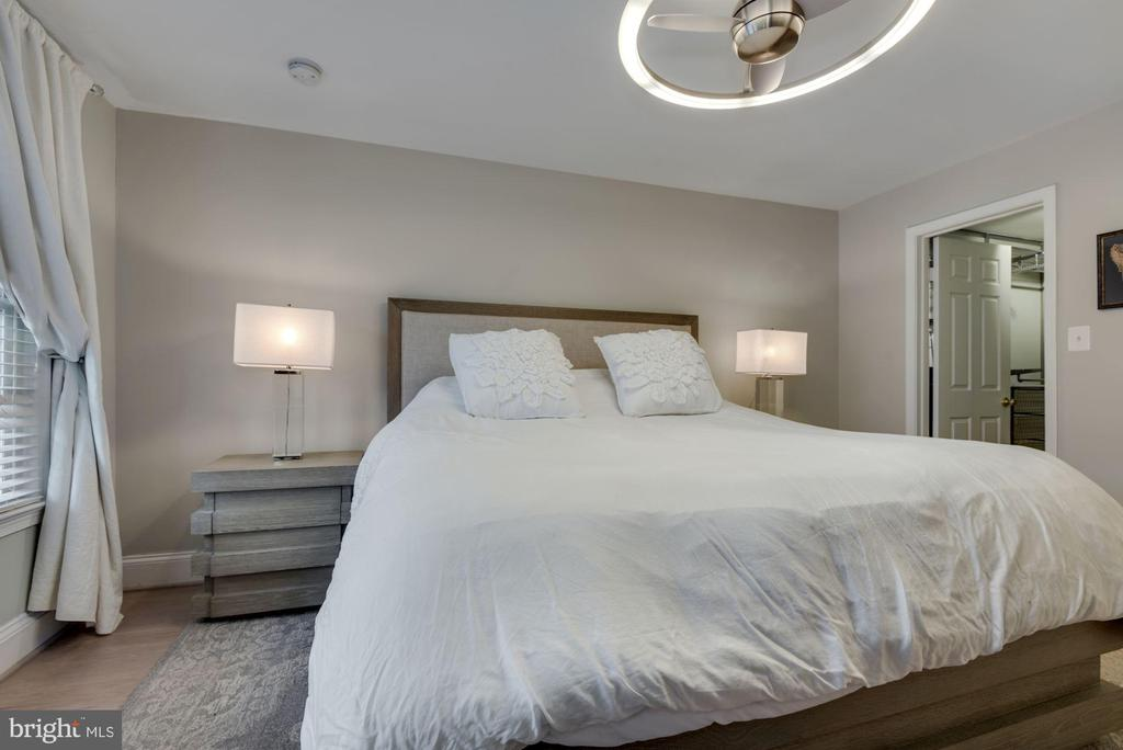 Primary Bedroom - Can EASILY Hold a King Size Bed! - 1610 BELMONT ST NW #D, WASHINGTON