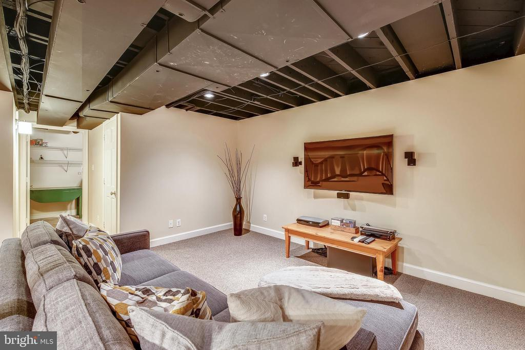 Family Room - 1515 LIVE OAK DR, SILVER SPRING
