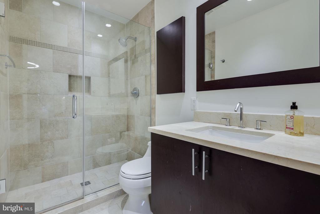 Primary Bathroom - Modern & Gorgeous Top-to-Bottom - 1610 BELMONT ST NW #D, WASHINGTON