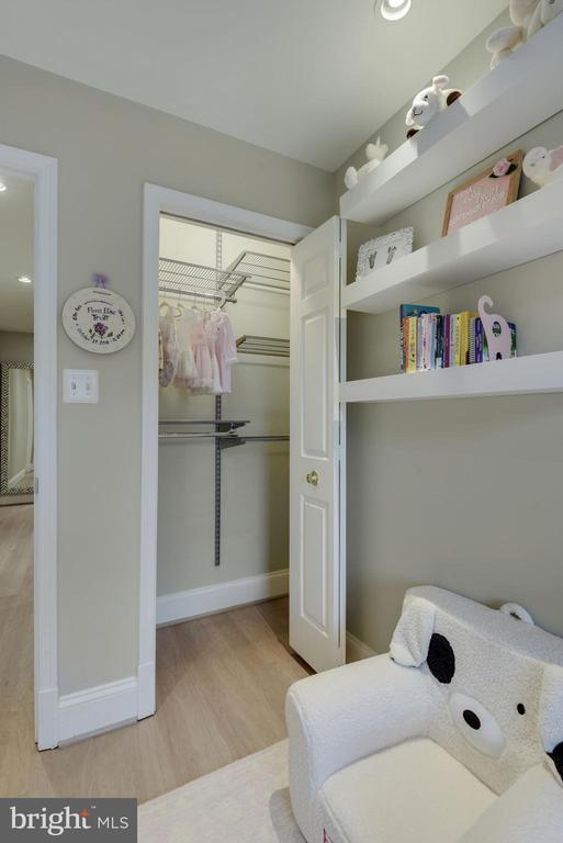 Bedroom #3 - Upgraded Custom Closet! - 1610 BELMONT ST NW #D, WASHINGTON