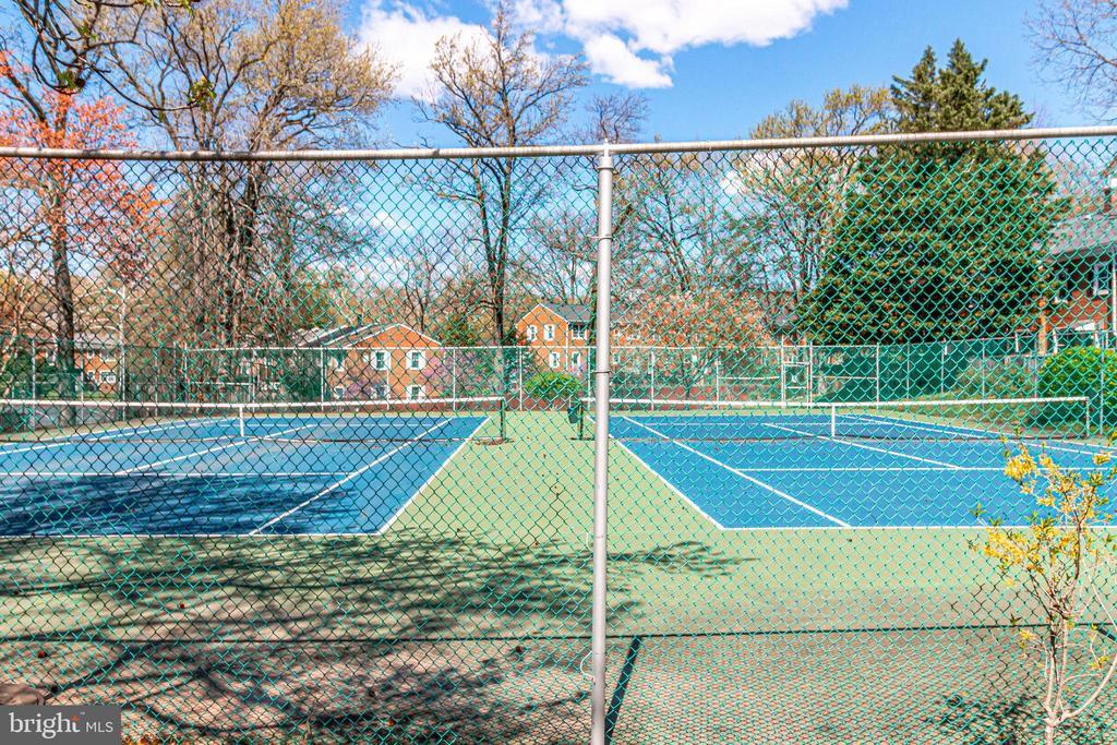 Community Tennis Courts - 3052 S ABINGDON ST #A2, ARLINGTON