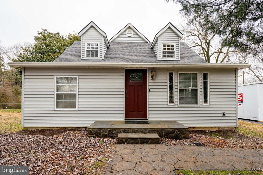 - 1032 MOUNTAIN VIEW RD, FREDERICKSBURG