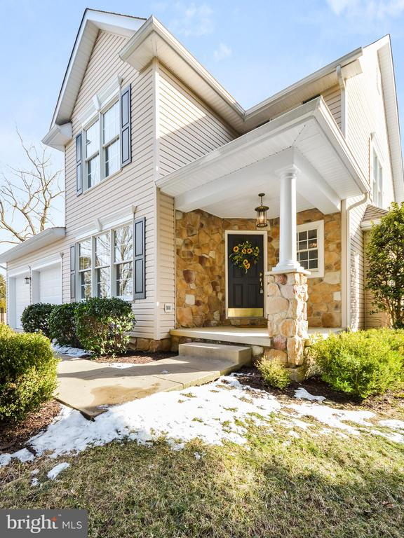 - 305 CONE BRANCH DR, MIDDLETOWN