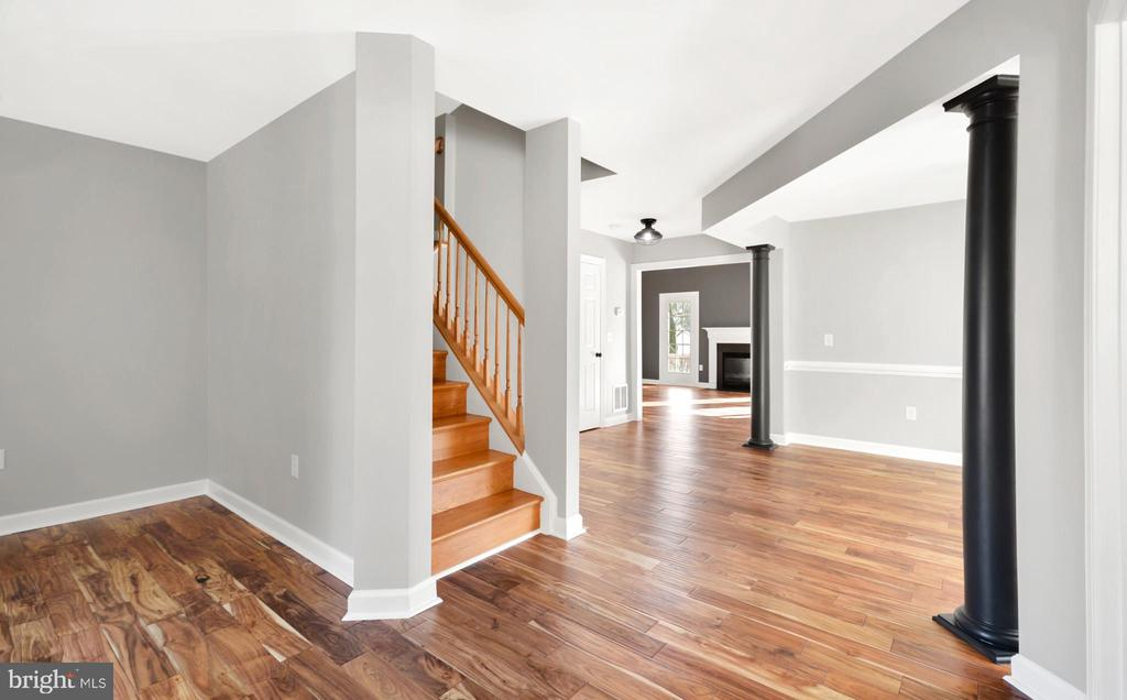 Open Entry - 305 CONE BRANCH DR, MIDDLETOWN
