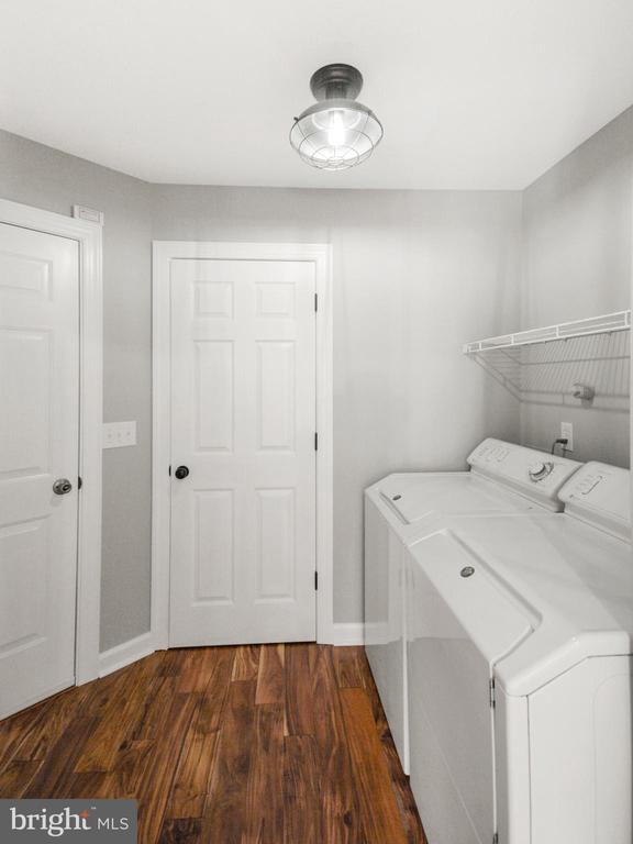 Main level laundry - 305 CONE BRANCH DR, MIDDLETOWN