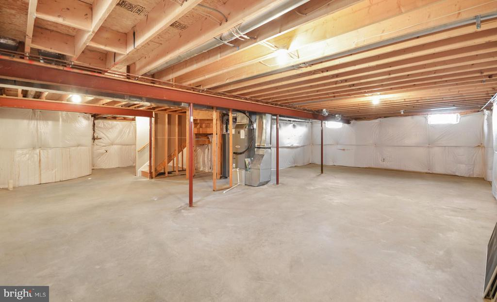 Lower Level - 305 CONE BRANCH DR, MIDDLETOWN